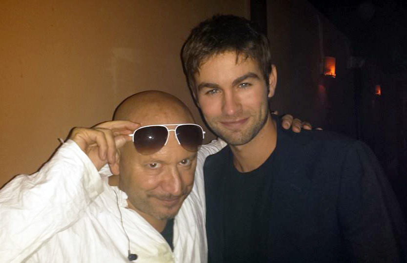 ROCK THE RED DOOR with Gossip Girl's Chase Crawford
